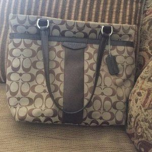 Coach Brown Shoulder Logo Purse W/ Outside pocket